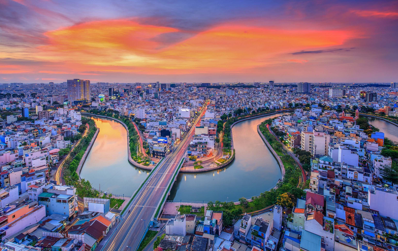 Khoảnh khắc Sài Gòn đẹp lạ thường trong bộ ảnh chụp từ trên cao ...