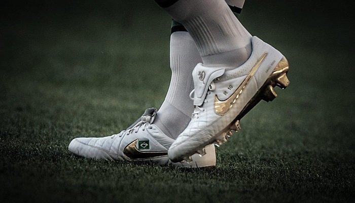 Hinh 2 Mua Giay Da Banh Nike Gia Re