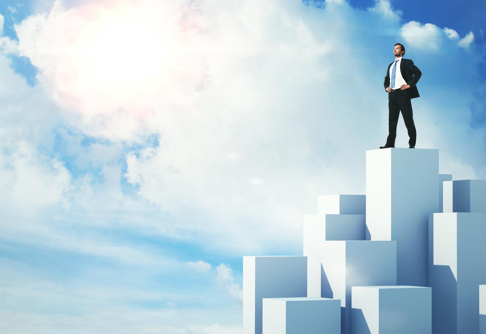 Con đường nào giúp chúng ta phát triển bản thân và thành công?