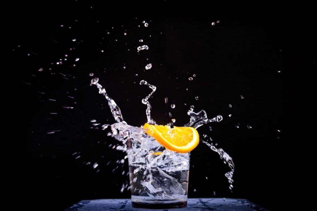 uống nước đều đặn hàng ngày