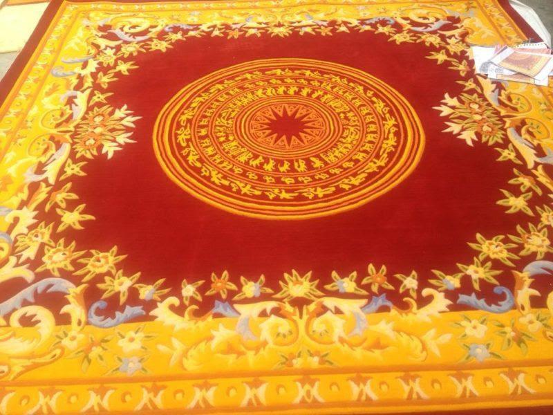 Thảm len dệt tay truyền thống